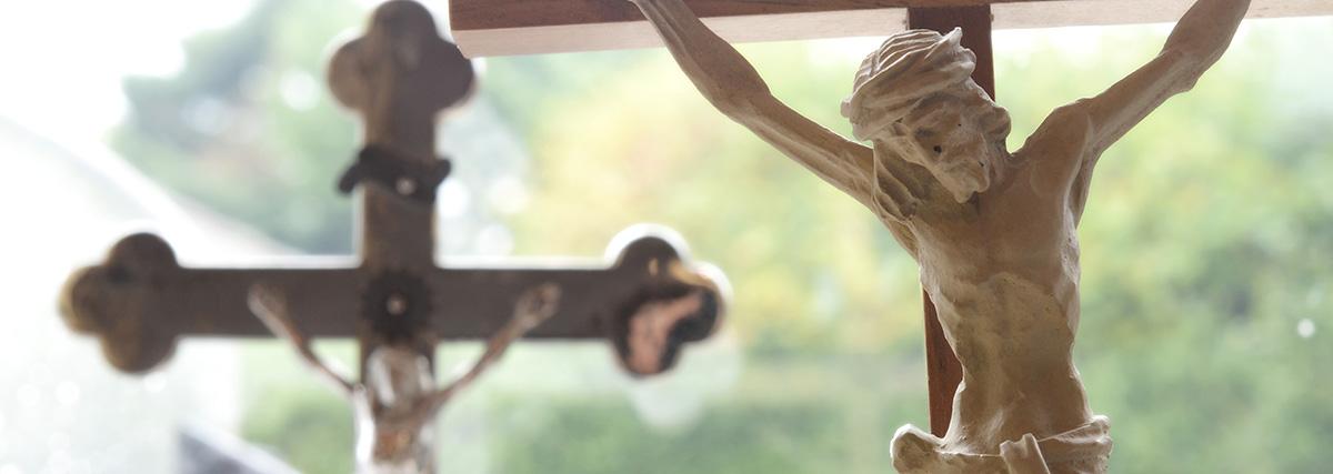 Kruzifix - Schmidt Grabsteine - Bestattermeister Vohenstrauß Oberpfalz