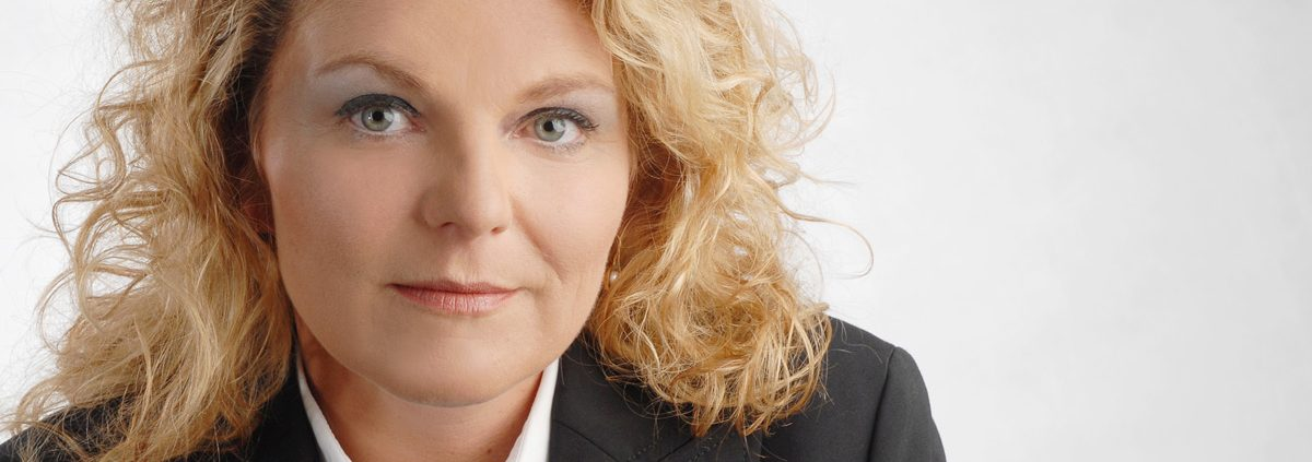 Christine Schmidt - Schmidt Grabsteine - Bestattermeister Vohenstrauß Oberpfalz